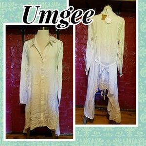 🌻New listing.  NWT UMGEE tunic style dress